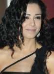 Елена Петрова се ошишка от стрес, брои стотинки за евтина козметика (папарашко фото)