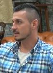 Стилистът на звездите Добромир Киряков: У нас има изкривена представа за модно обличане /видео/