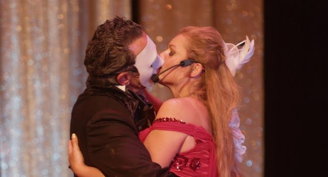 """""""Любовта никога не умира"""" във Варна - една от първите постановки в света на новия мюзикъл на Уебър"""